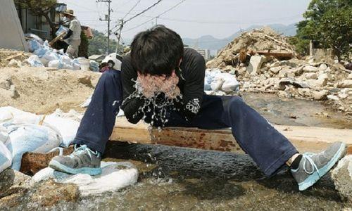 Ít nhất 12 người thiệt mạng, gần 10.000 người phải nhập viện do nắng nóng ở Nhật Bản - Ảnh 1