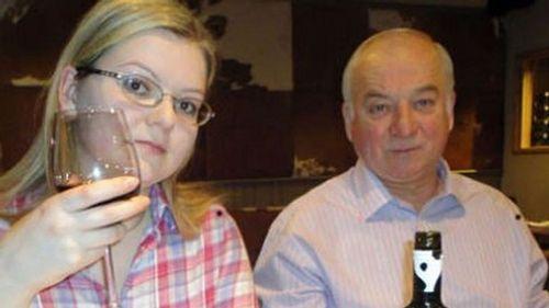 Anh nhiệt tình ủng hộ Mỹ trừng phạt Nga vì vụ đầu độc cựu điệp viên - Ảnh 1