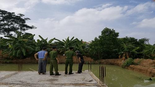 Vĩnh Phúc: Xót xa 2 cháu bé đuối nước ở công trình không có rào chắn - Ảnh 1