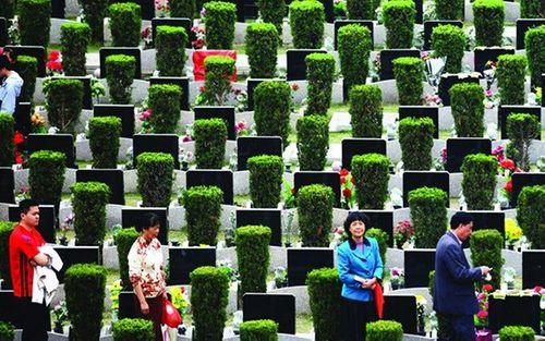 Giá một mét vuông đất nghĩa trang tại Trung Quốc đắt hơn một căn hộ ở Thâm Quyến - Ảnh 1