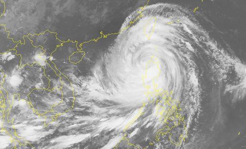 Siêu bão Mangkhut giật trên cấp 17 vào biển Đông sớm hơn dự kiến  - Ảnh 1