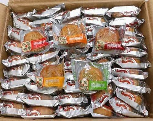 Hà Nội: Thu giữ gần 2.000 bánh trung thu siêu rẻ, không hạn sử dụng - Ảnh 2