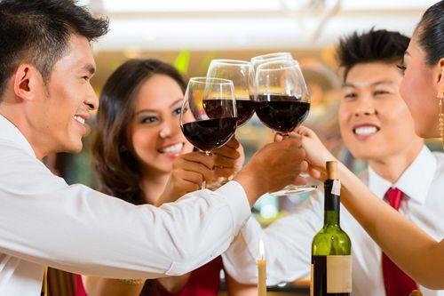 Bí quyết của người Nhật giúp ai hay uống rượu bia ăn Tết không lo rối loạn tiêu hóa - Ảnh 1