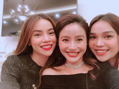 """Bí mật đằng sau nụ cười """"toả nắng"""" của dàn sao Showbiz Việt - Ảnh 7"""
