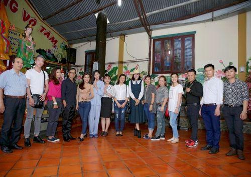 Mừng đại lễ Phật Đản: Đêm nhạc thiện nguyện tại chùa Huyền Trang - Ảnh 8