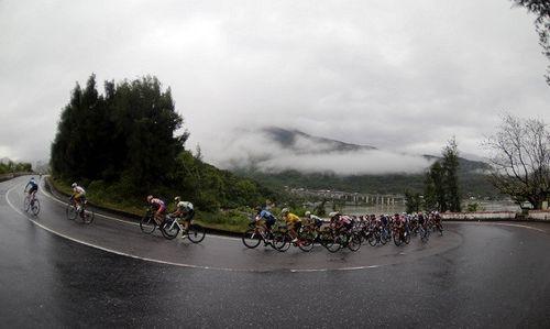 Cuộc đua xe đạp toàn quốc tranh Cúp HTV 2018: 30 năm vui cùng đất nước - Ảnh 1