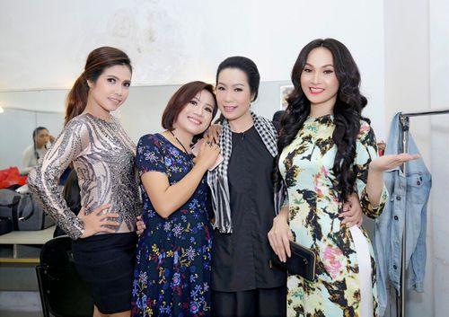 Giám đốc công ty truyền thông Lê Phạm đến chia vui cùng nghệ sĩ Trịnh Kim Chi - Ảnh 7