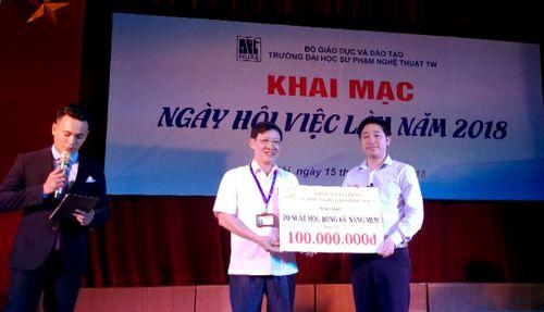 Novaedu tặng 20 suất học bổng trị giá 100 triệu đồng tới trường ĐHSP Nghệ Thuật TW - Ảnh 3
