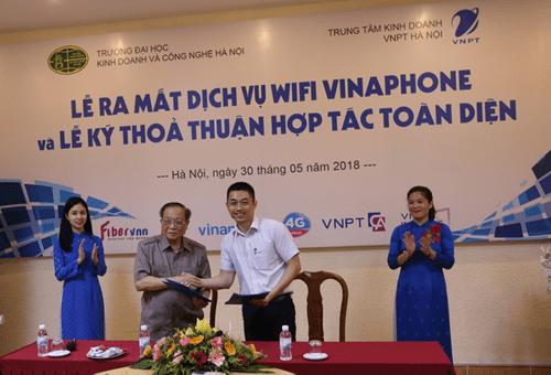 Lễ ra mắt dịch vụ Wifi Vinaphone và Lễ ký thỏa thuận hợp tác giữa VNPT và ĐH Kinh doanh & Công nghệ Hà Nội - Ảnh 3