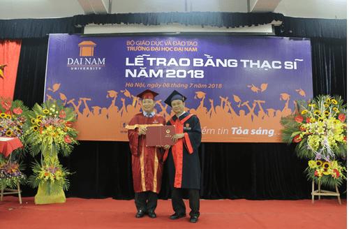 Đại học Đại Nam: Những cái nhất trong lễ trao bằng tốt nghiệp cao học khóa 4 - Ảnh 8