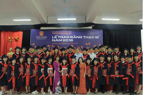 Đại học Đại Nam: Những cái nhất trong lễ trao bằng tốt nghiệp cao học khóa 4 - Ảnh 9