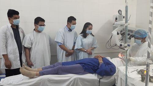 400 bệnh nhân khó khăn được mổ mắt miễn phí - Ảnh 4
