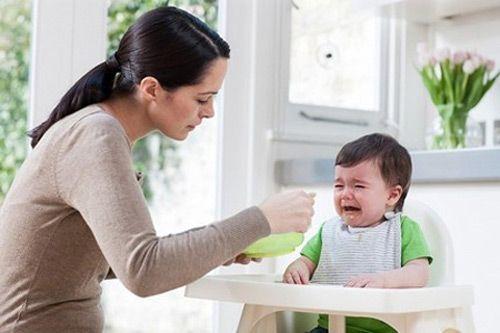 Nguyên nhân phổ biến khiến trẻ biếng ăn mẹ nên biết - Ảnh 1