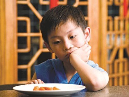Nguyên nhân phổ biến khiến trẻ biếng ăn mẹ nên biết - Ảnh 3