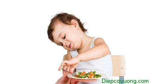 Nguyên nhân trẻ ăn nhiều rau mà vẫn bị táo bón - Ảnh 2