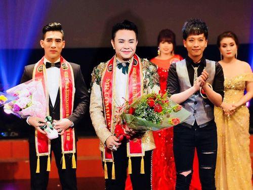 Nam Vương Trương Huy Hoàng lịch lãm trong vai trò giám khảo cuộc thi Tìm Kiếm Thiên Tài Nhí 2018 - Ảnh 2