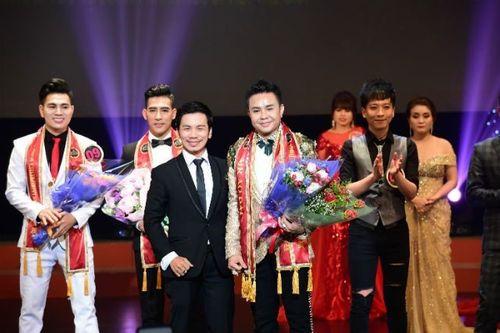 Nam Vương Trương Huy Hoàng lịch lãm trong vai trò giám khảo cuộc thi Tìm Kiếm Thiên Tài Nhí 2018 - Ảnh 5