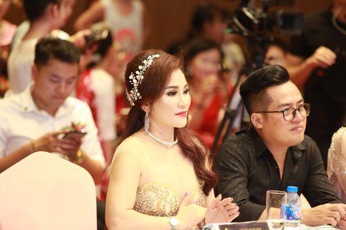 Hoa hậu doanh nhân Nguyễn Lan Vy lộng lẫy trong vai trò giám khảo cuộc thi Tìm Kiếm Thiên Tài Nhí 2018 - Ảnh 2