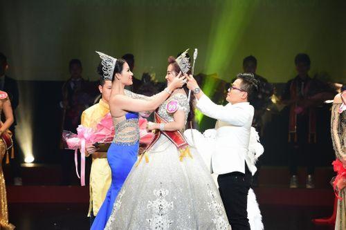 Hoa hậu doanh nhân Nguyễn Lan Vy lộng lẫy trong vai trò giám khảo cuộc thi Tìm Kiếm Thiên Tài Nhí 2018 - Ảnh 4