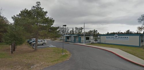 Hiện trường vụ xả súng ở trường học Mỹ, khiến ít nhất 5 người thiệt mạng  - Ảnh 1
