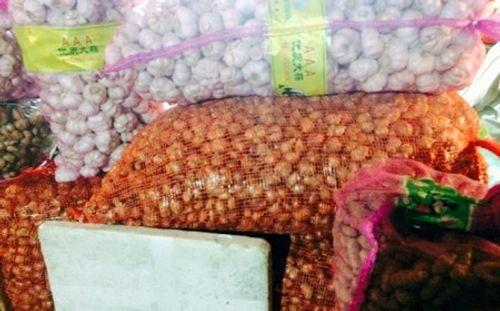 """Theo chân thực phẩm từ Trung Quốc """"đầu độc"""" dân Việt - Ảnh 2"""