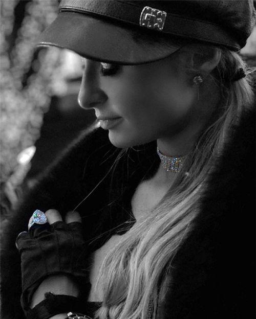 Paris Hilton hạnh phúc ngất ngây khi được tặng nhẫn đính hôn 2 triệu USD - Ảnh 2
