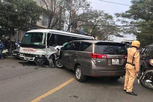 Tin tai nạn giao thông mới nhất ngày 23/2/2018 - Ảnh 2