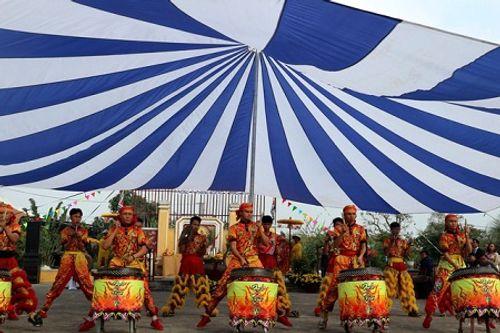 Chùm ảnh: Lễ hội Cầu Bông tại làng rau Trà Quế - Ảnh 8