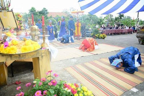 Chùm ảnh: Lễ hội Cầu Bông tại làng rau Trà Quế - Ảnh 4