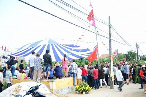 Chùm ảnh: Lễ hội Cầu Bông tại làng rau Trà Quế - Ảnh 20