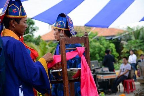 Chùm ảnh: Lễ hội Cầu Bông tại làng rau Trà Quế - Ảnh 21