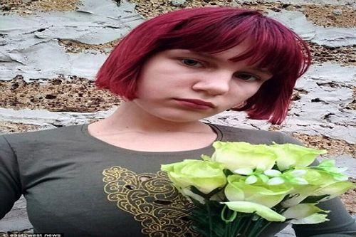 Bé gái 12 tuổi bị chó hoang cắn chết trên đường đi học về - Ảnh 1
