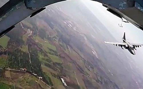Phiến quân Syria bắn rụng chiến đấu cơ Nga, sát hại phi công - Ảnh 1