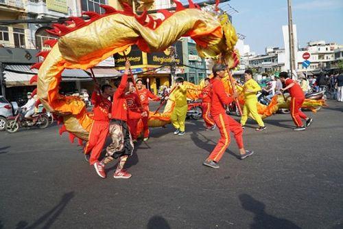 Chùm ảnh: Độc đáo Lễ hội Tết Nguyên tiêu của người Hoa ở TP. HCM - Ảnh 1