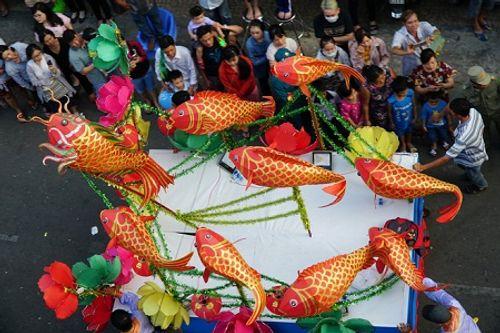 Chùm ảnh: Độc đáo Lễ hội Tết Nguyên tiêu của người Hoa ở TP. HCM - Ảnh 8