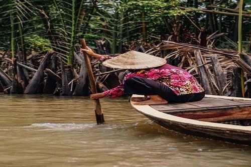 Chùm ảnh: Tự hào với hình ảnh Việt Nam đậm bản sắc dân tộc trên báo Anh - Ảnh 6