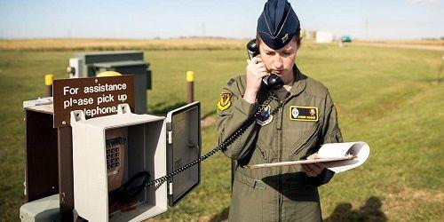 Cuộc sống của 247 bóng hồng chuyên phóng tên lửa hạt nhân của Không quân Mỹ - Ảnh 2