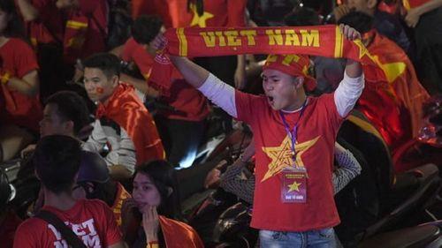 """Bài báo gây tranh cãi của Fox Sports: """"Đừng biến Việt Nam thành Hy Lạp tiếp theo"""" - Ảnh 3"""