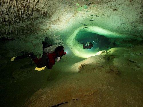 Phát hiện hang động dài nhất thế giới tiết lộ bí ẩn nền văn minh Maya - Ảnh 1