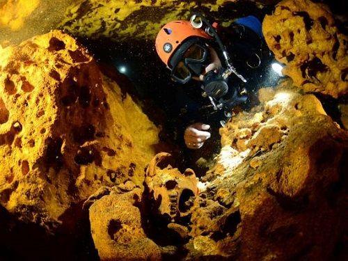 Phát hiện hang động dài nhất thế giới tiết lộ bí ẩn nền văn minh Maya - Ảnh 2