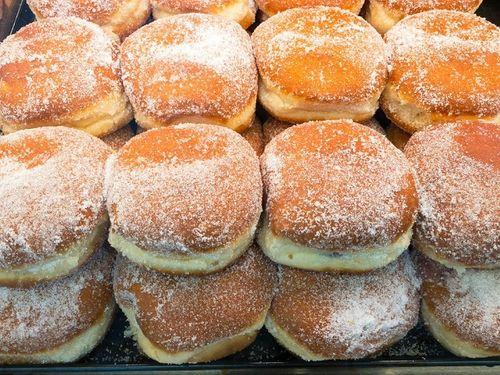 Ngày Tết, người Việt gói bánh chưng còn các quốc gia khác ăn bánh gì? - Ảnh 2