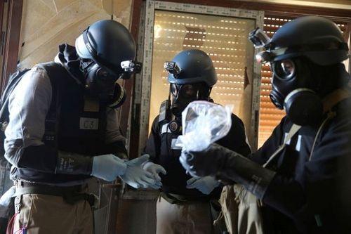 Mỹ đe dọa tấn công nếu Syria tiếp tục nghiên cứu vũ khí sinh học - Ảnh 1