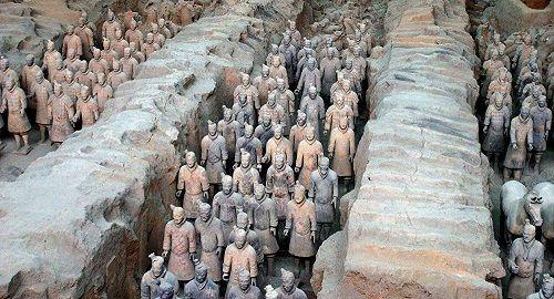 Truyền thông Trung Quốc chỉ trích Mỹ vì khiến chiến binh đất nung bị phá hoại - Ảnh 2