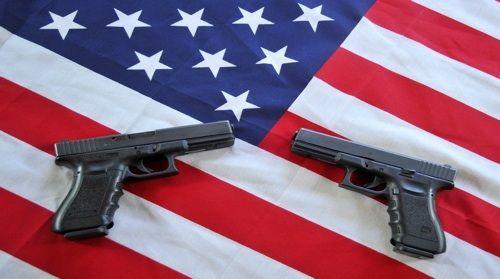 Báo Trung Quốc gợi ý cho Mỹ phương pháp kiểm soát súng đạn - Ảnh 1