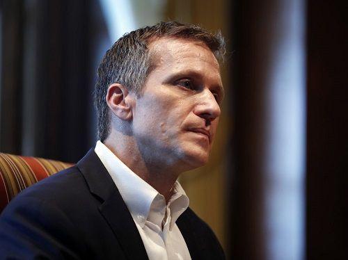 Mỹ: Thống đốc bang Missouri gặp tai tiếng vì ảnh khỏa thân - Ảnh 1