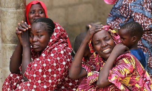 Chính phủ Nigeria lên tiếng vụ hơn 100 nữ sinh viên bị phiến quân bắt cóc - Ảnh 1