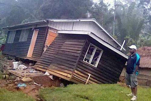 Papua New Guinea: Động đất lớn san phẳng một ngôi làng - Ảnh 1
