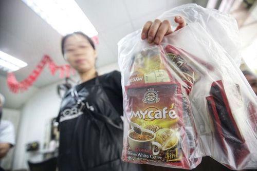 Hãng cà phê hòa tan Malaysia bị tố bỏ chất gây nghiện vào sản phẩm - Ảnh 1