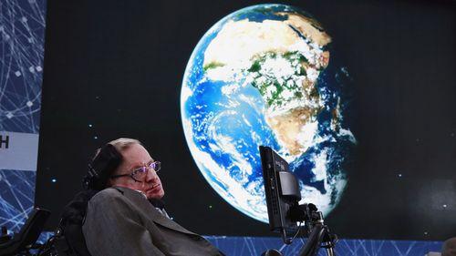 Stephen Hawking: Ý tưởng đột phá vật lý lý thuyết và nghiên cứu vũ trụ - Ảnh 1