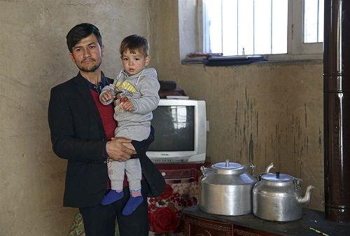 Ông bố Afghanistan bị dọa giết, ruồng bỏ vì đặt tên con là Donald Trump - Ảnh 1